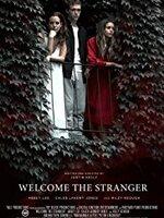 Welcome the Stranger : Alice arrive à l'improviste à la maison de son frère Ethan pour tenter de se réconcilier, mais des visions bizarres, le retour de son étrange petite amie, et la paranoïa et la suspicion d'Alice forcent les frères et sœurs à s'accrocher à la réalité dans des circonstances mystérieuses. ... ----- ... Origine : Américain Réalisé par : Justin Kelly Acteurs : Riley Keough, Caleb Landry Jones, Abbey Lee Durée : 1h34 Genre : Drame Date de sortie : 2 avril 2018 en VOD Année de production : 2016 Critiques Spectateurs : 3,0