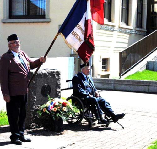 * Petit intermède estival - Honneur aux porte-drapeau