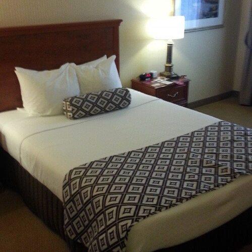 Crowne Plaza Toronto Airport Hotel