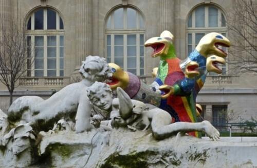 Niki de Saint-Phalle arbre de vie fontaine 1