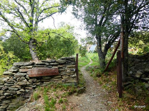 L'entrée au hameau de Llugols