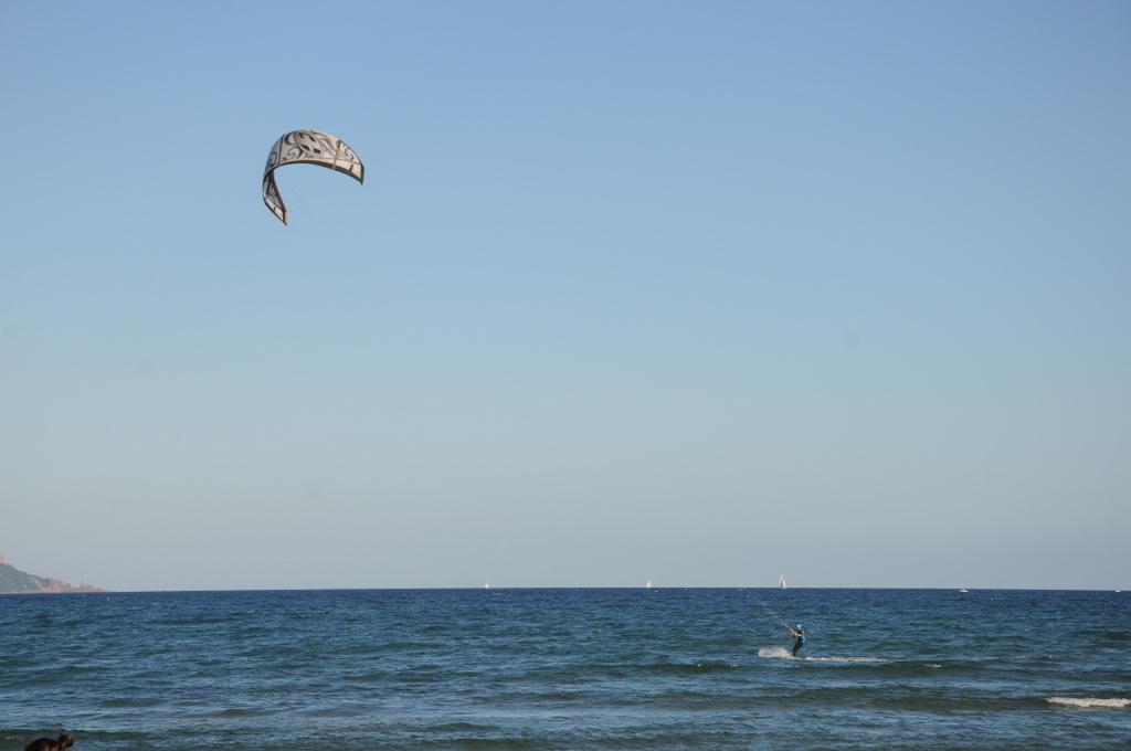 Fréjus...Le kitesurf