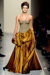 bottega-veneta-fall-2011-rtw-corset-gown-profile
