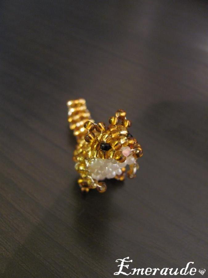 Animaux en perles: un écureuil