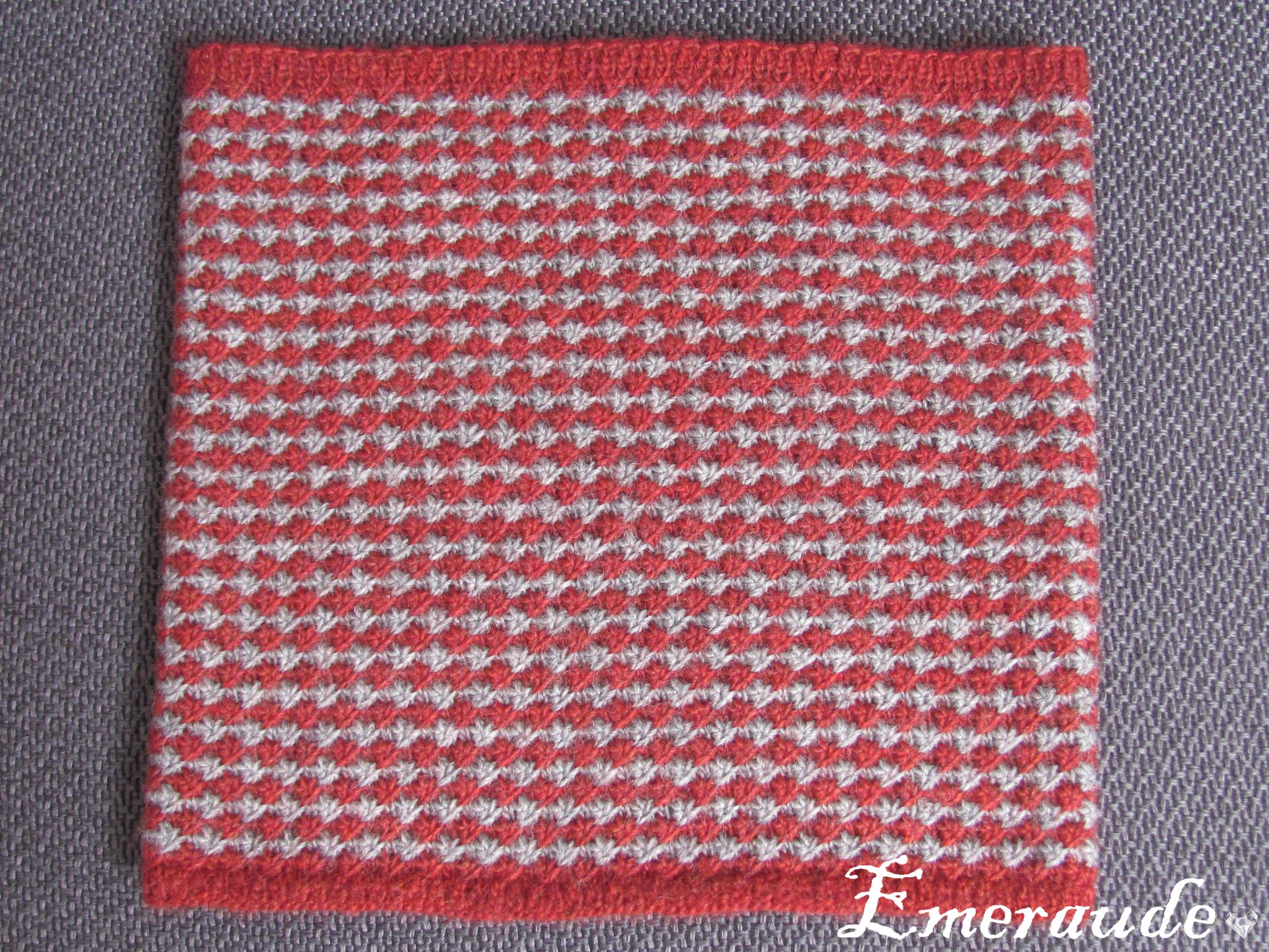 Tricot: snood étoile bicolore