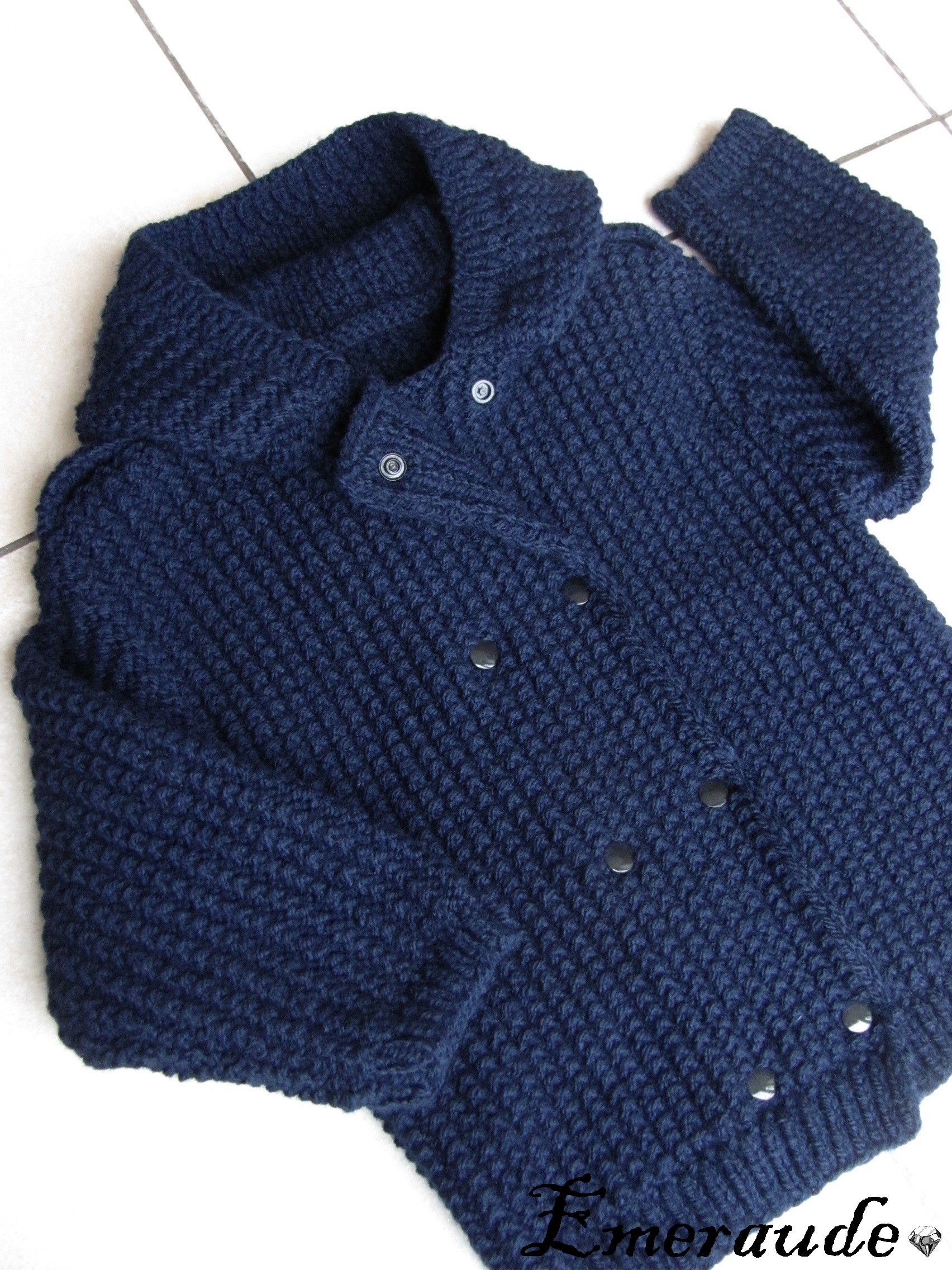 Tricot: veste bébé au point de sable
