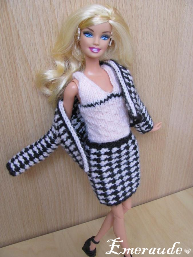 Tricot Barbie: Ensemble n°9 (jupe, top et veste)