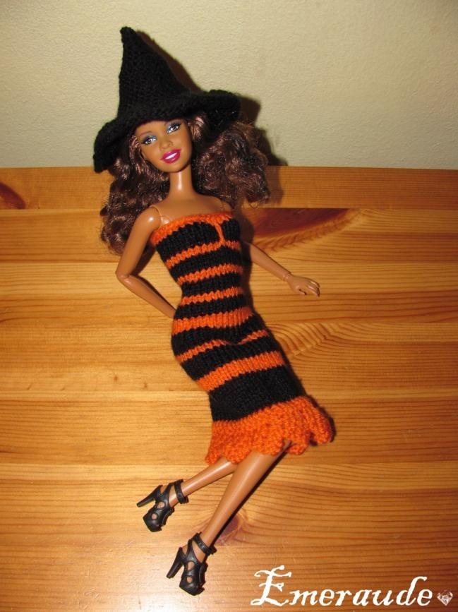 Tricot: Halloween n°1, sorcière pour Barbie