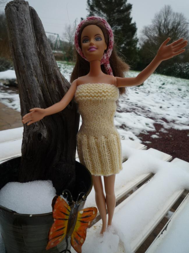 Tricot Barbie/Liv/Momoko : Robe d'été n°6 par les copinautes (2)