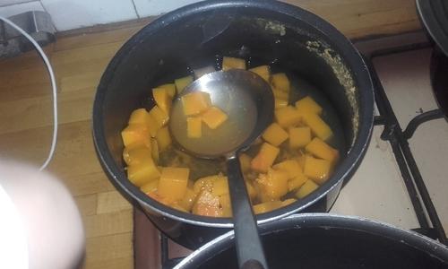 Pâtes sauce crémeuse à la butternut et champignons poelés {Vegan}