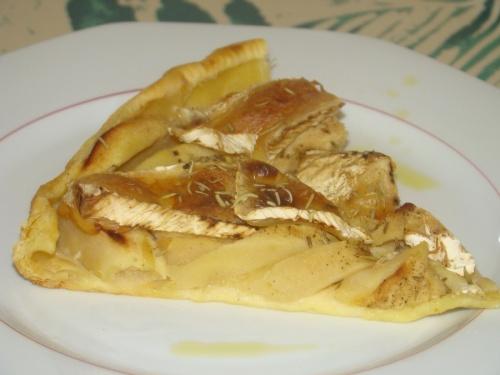 Tarte normande au pommes et camembert...