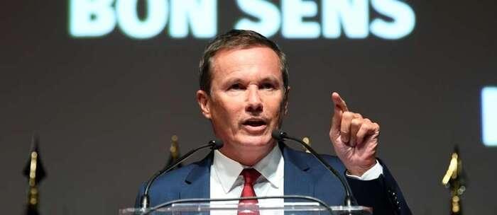 """Dupont-Aignan candidat à la présidentielle pour offrir un """"choix"""" aux Français"""