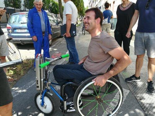 Motoriser un fauteuil roulant