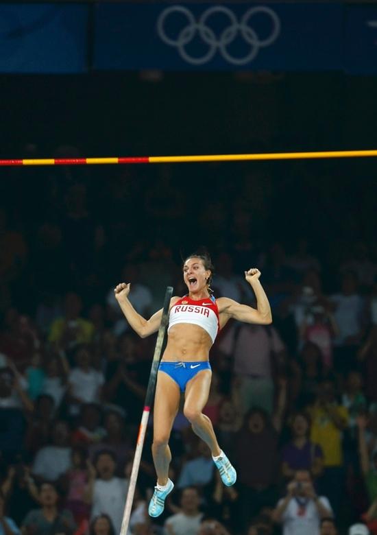 Isinbayeva triomphe à Pékin