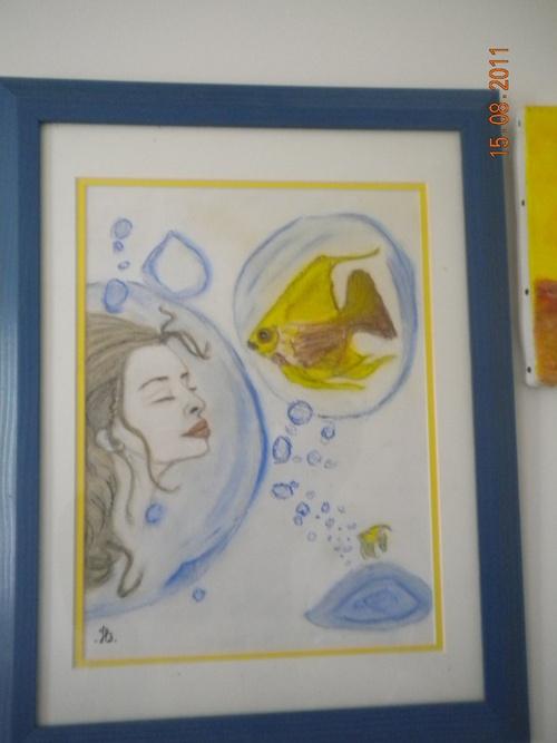 une femme et un poisson s'aimaient d'amour tendre mais ..