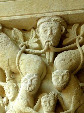 Chapiteau Abbaye de St Benoit sur Loire