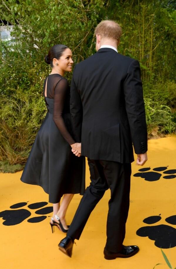 """Harry et Meghan à la première du film """"le lion tigre"""""""