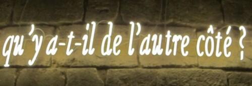 Louvre-m-di-val-Kosuth-c-t-.jpg