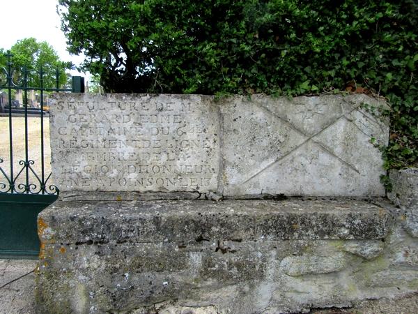 Edme Gérard, capitaine dans la Grande Armée de Napoléon 1er, repose dans le cimetière de Poinçon les Larrey...