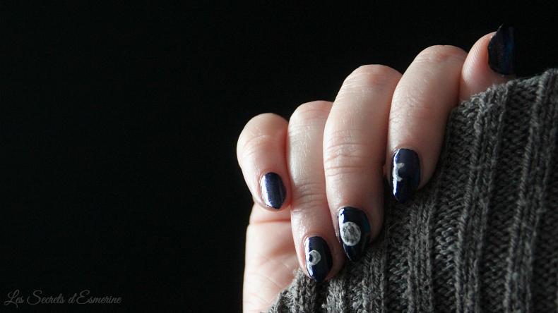 Moon Nail Art - la lune devient magique