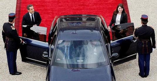 Présidentielle 2012: Sarkozy a dépensé le double du plafond autorisé
