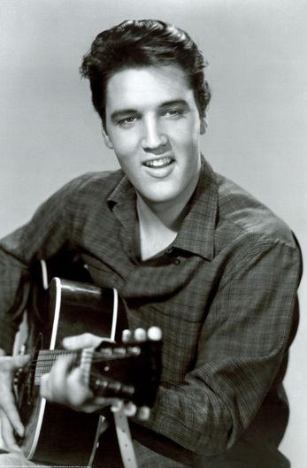 ELVIS     PRESLEY  LEGENDE