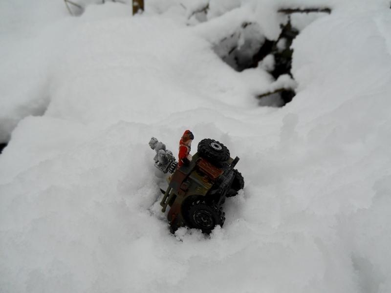 Aujourd'hui : la neige à Paris, un évènement pour les mini-gens aussi et qui ne leur facilite pas les choses