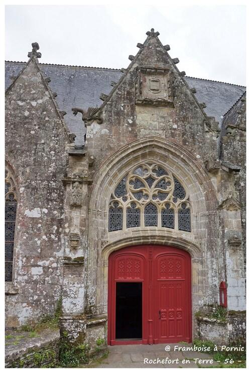 Rochefort en Terre - Eglise ND de la Tronchaye - 56 - Portail style gothique - 1533