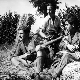 De jeunes maquisards français, 1944. ...