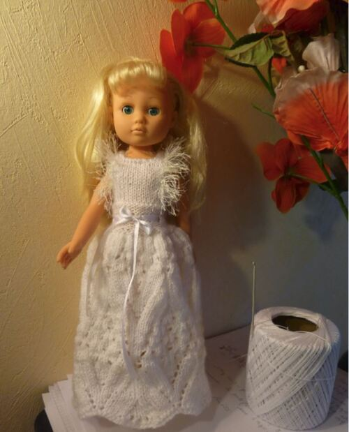 La robe et cape de Sylvie