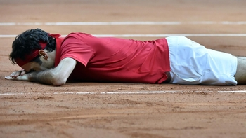 Federer sanglote sur l'ocre