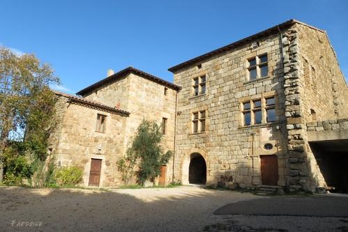 Colombier le Vieux, suite : le château de Belle Combe