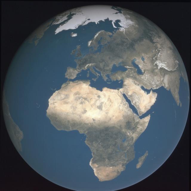 La Terre sans nuage_Europe & Afrique