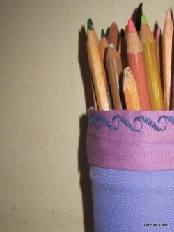 Des crayons bien rangés