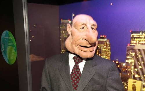 De la drogue dans la marionnette Jacques Chirac des Guignols !!!