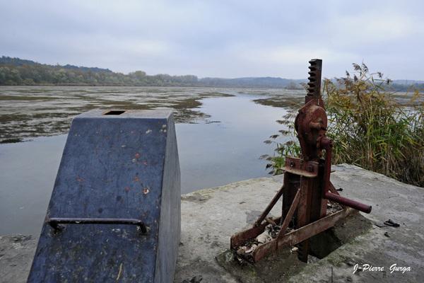 La vidange du lac de Marcenay , un reportage de Jean-Pierre Gurga (seconde partie)