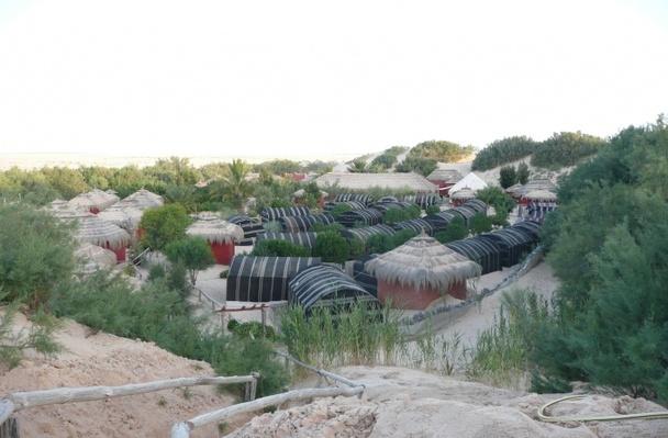 Campement Méhari, chez les Berbères, en plein désert