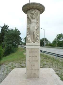 202-monument du 45° parallèle