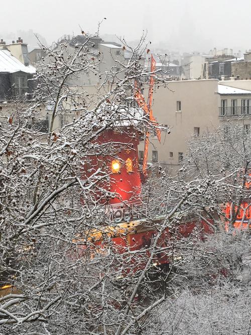 Neige sur Paris