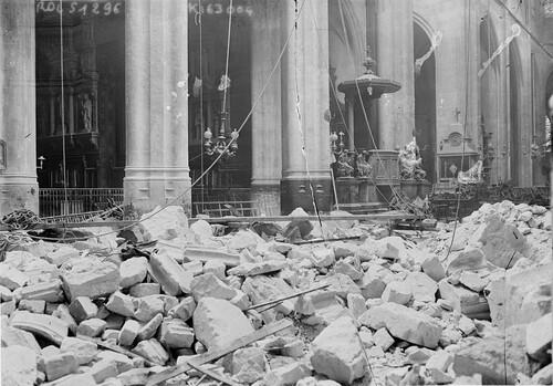 8 anecdotes insolites sur les monuments de Paris