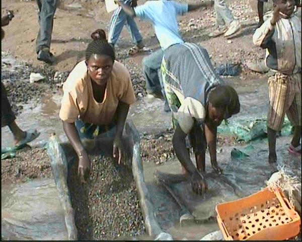 lavage du cuivre à Kolwezi