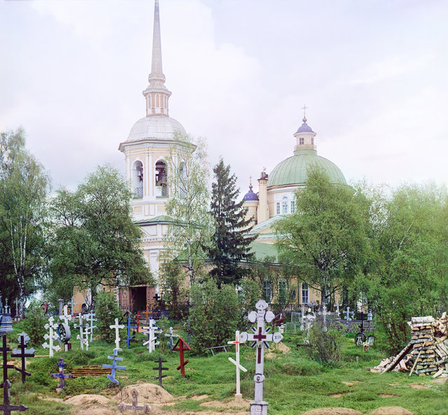 Photos by Sergey Prokudin-Gorsky. Cemetery Church of the Exaltation of the Cross. Russia, Tver Province, Ostashkov county, Ostashkov, 1910