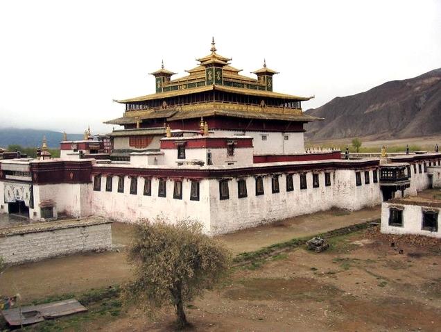 17 Le premier temple bouddhiste au Tibet