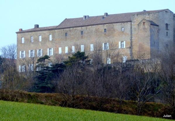 y02 - Le château