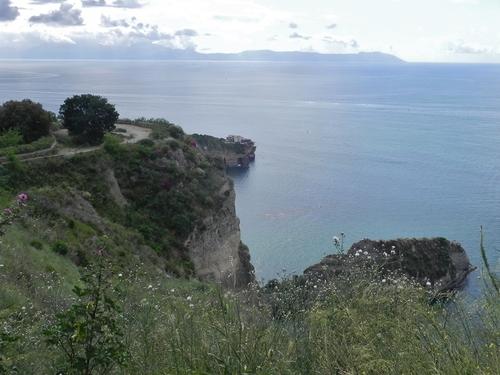 Le parc virzile et le Posillipe à Naples