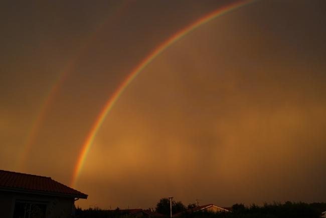 Arc-en-ciel du soir.