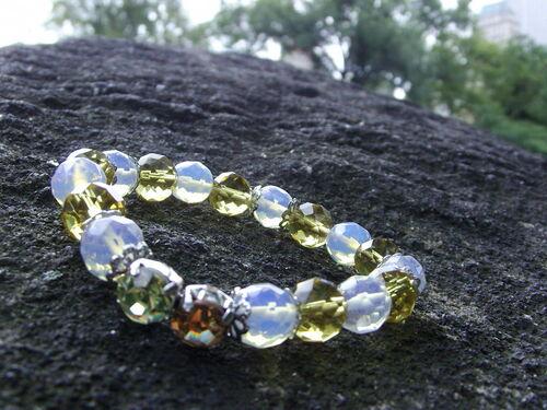 Bracelet en perles de verre dans Central Park