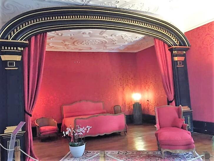 Suite du Château de Modave.