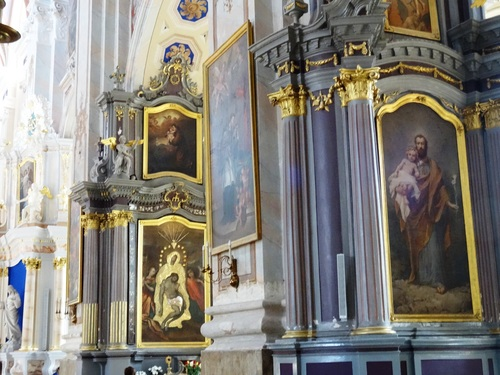 La Cathédrale Zaint Pierre et Zaint Paul à Kaunas (photos)