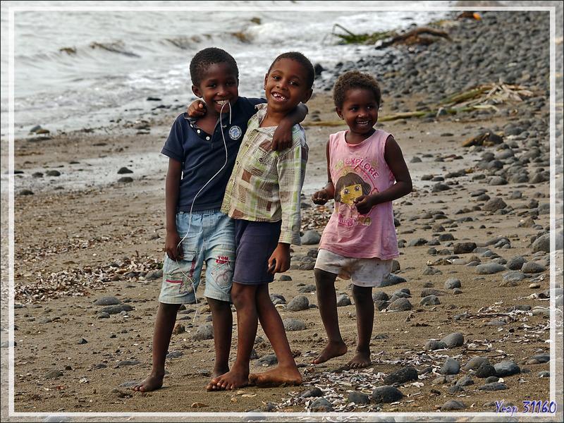 Enfants - Andimakabo - Nosy Be - Madagascar